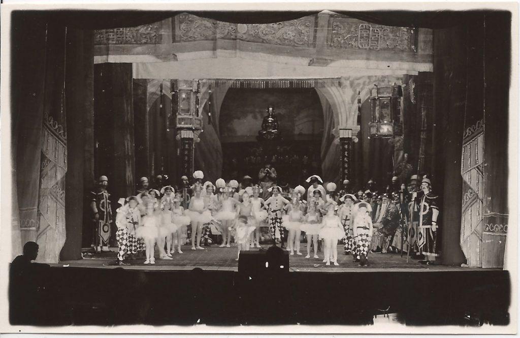 Một cảnh trong vở kịch 'Công chúa Turandot' tại Nhà hát lớn Hà Nội