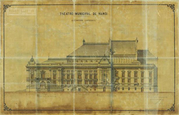 Mặt bên Nhà hát lớn Hà Nội