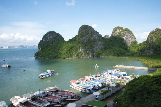 resized ha long tour 500 resize