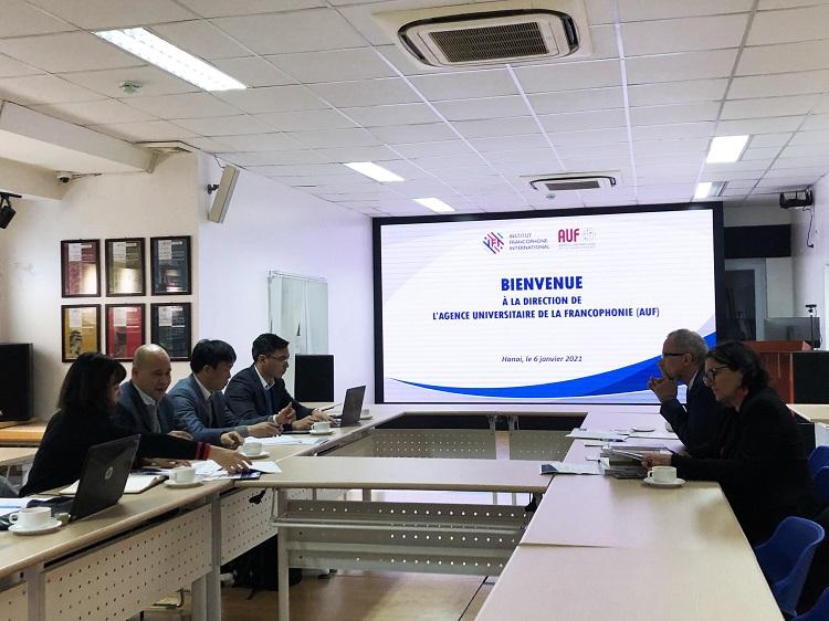 IFI làm việc đại diện Tổ chức Đại học Pháp ngữ
