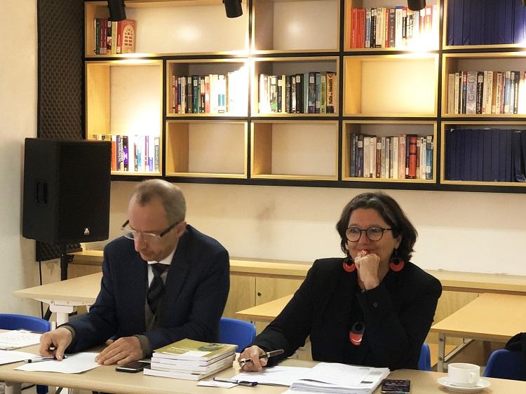 Giám đốc Châu Á - Thái Bình Dương của AUF, GS. Jean-marc Lavest, cùng với Phó Giám đốc khu vực, Bà Hélène Dejoux.